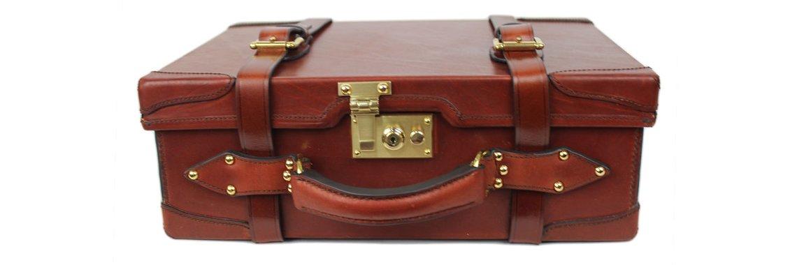 Ray Pavon leather case